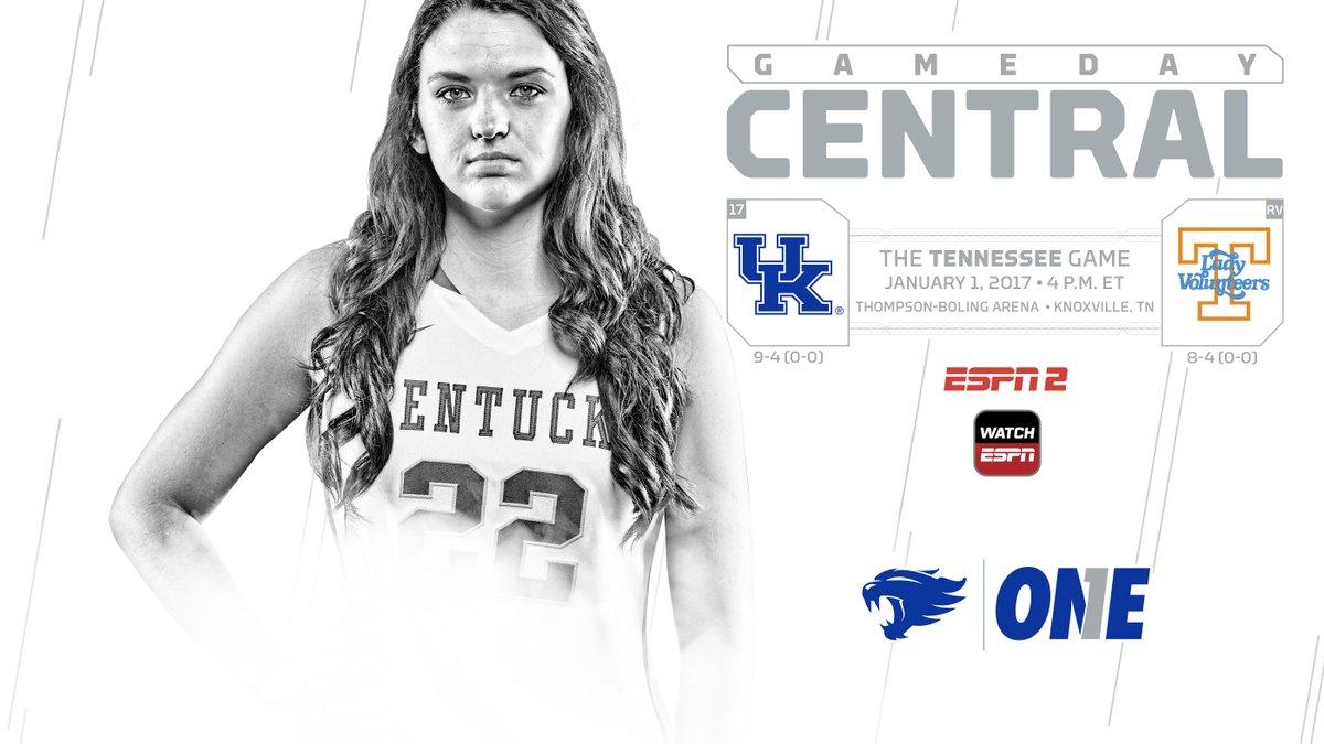 Short-handed Kentucky falls at Tennessee 72-65