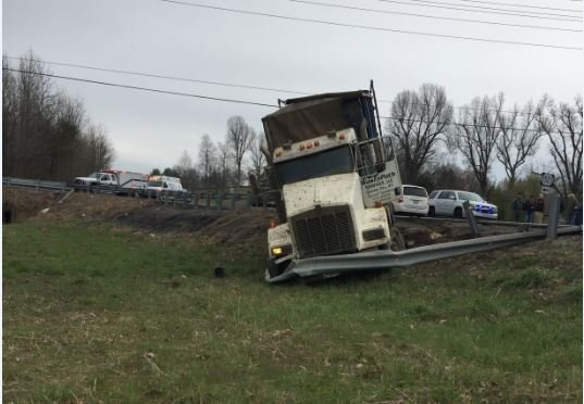Kentucky Garbage Truck Driver Arrested After Driving Wrong Way Down Highway