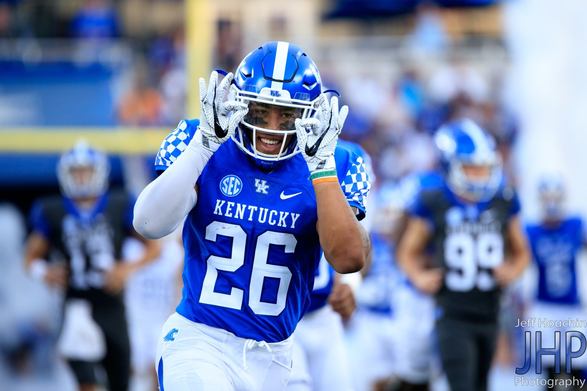 Sophomore Benny Snell set six UK freshman rushing records in 2016 but expects to do even more this season. (Vicky Graff Photo)