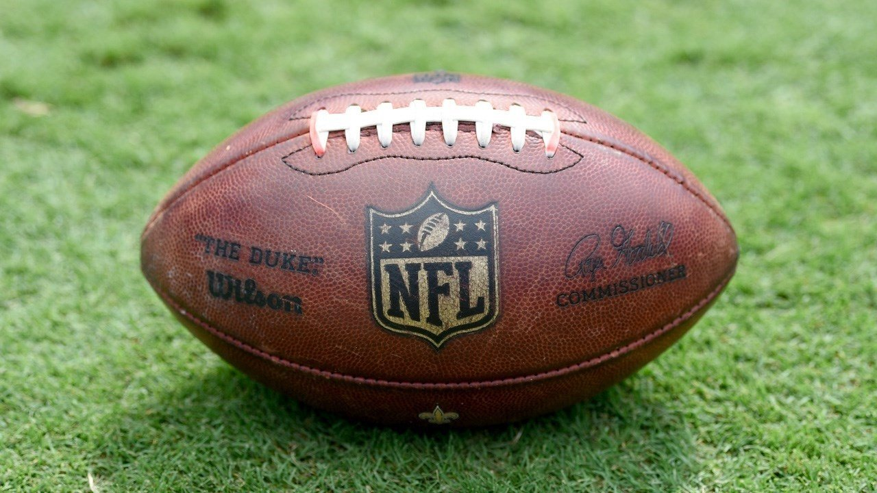 ESPN Expands Monday Night Football Rights To Smartphones