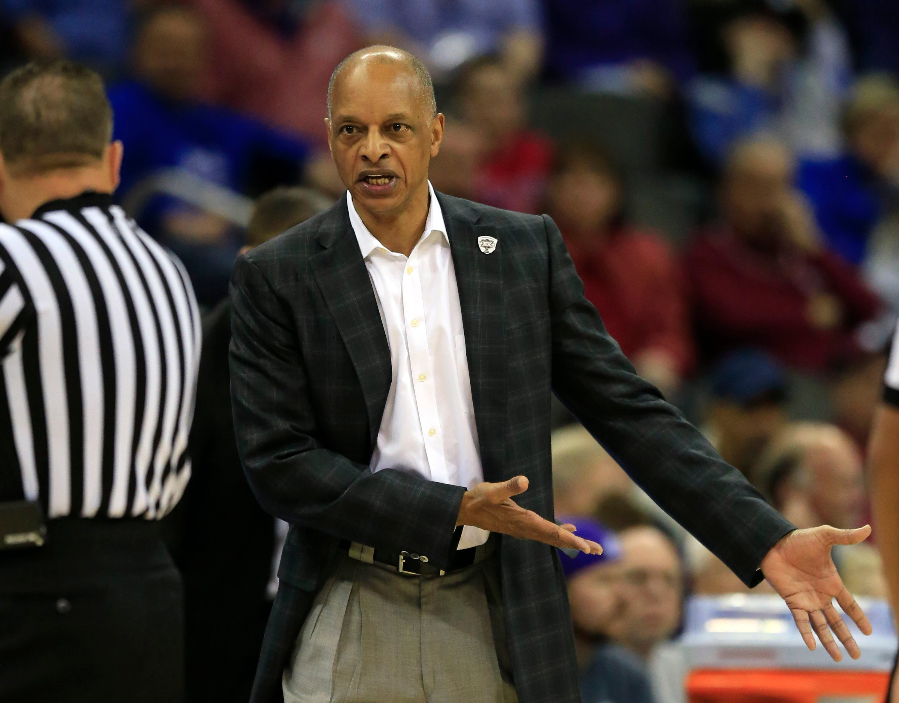 Louisville adds veteran coach Trent Johnson to basketball staff