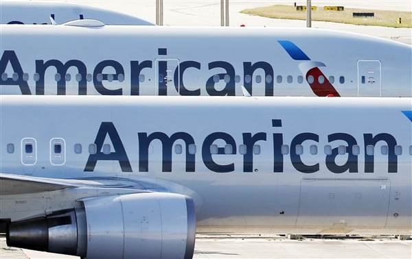 Thousands of American Airlines flights for the holidays don't have pilots