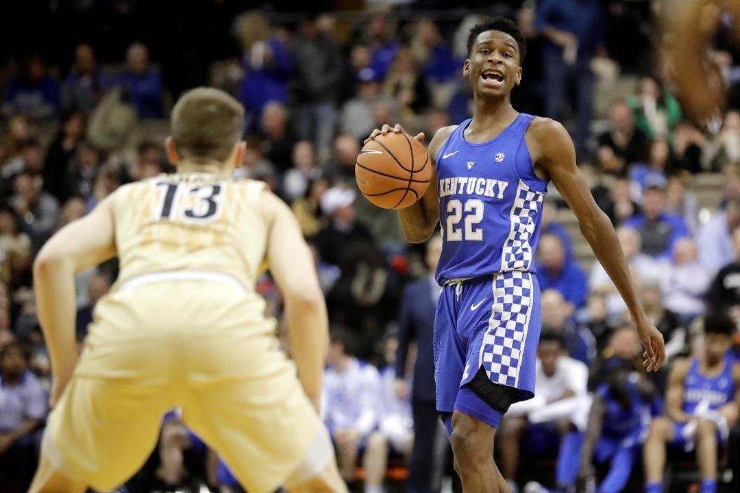 Balanced Kentucky wins at Vanderbilt