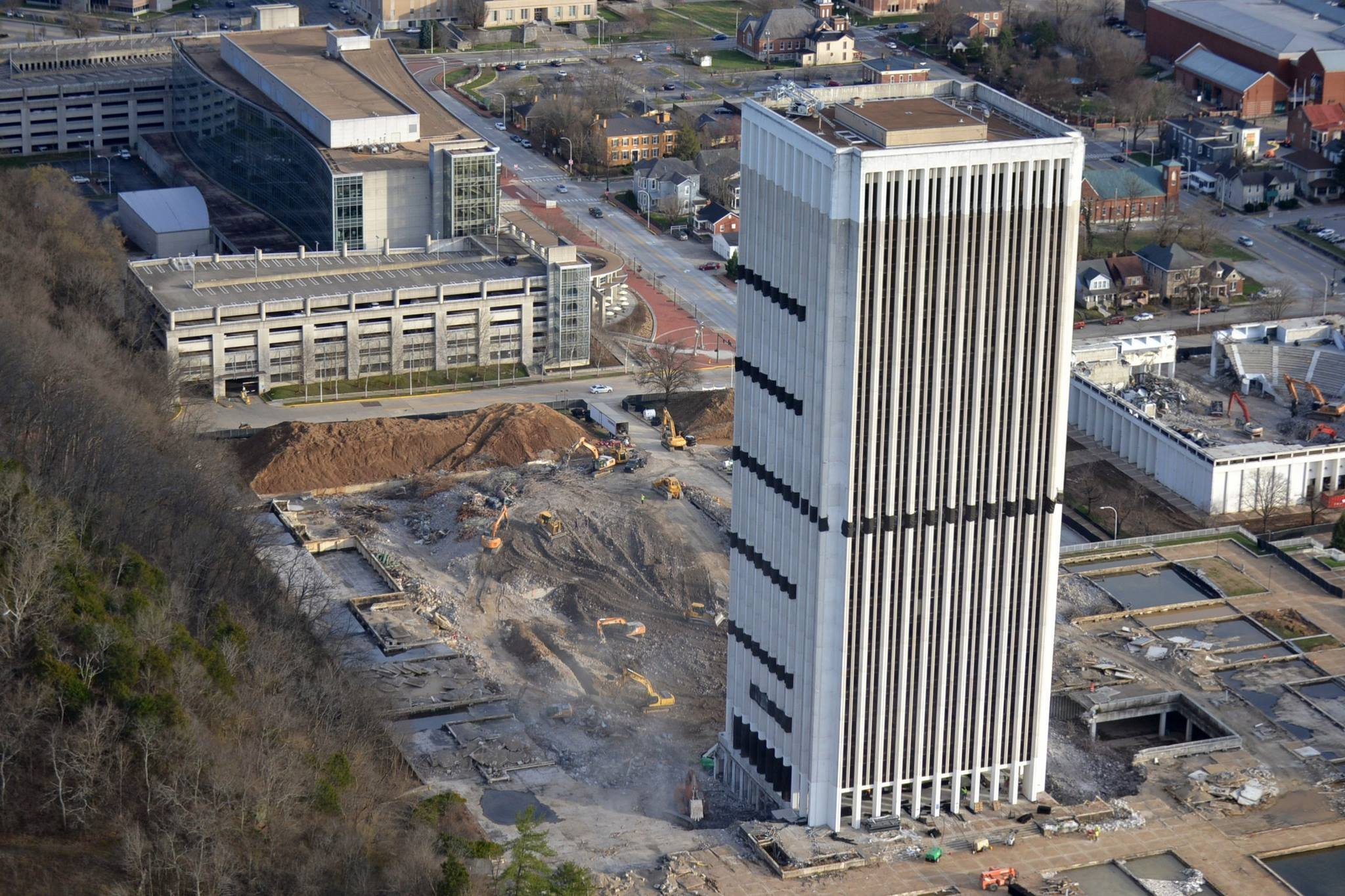 Shelbyville man wins charity auction to implode Capital Plaza Tower