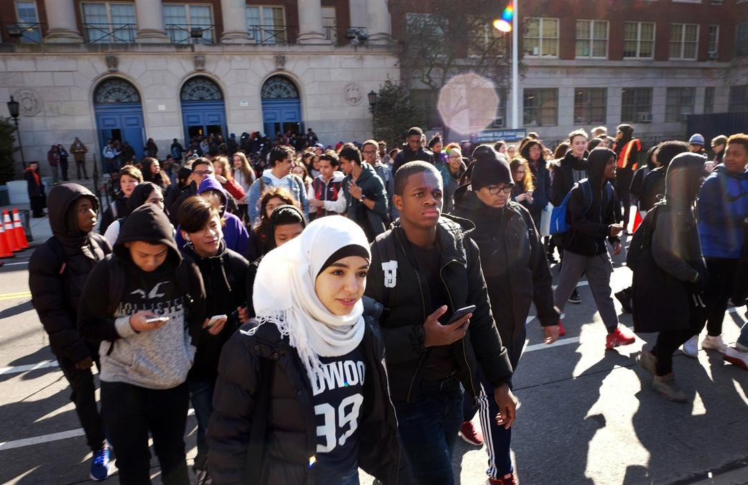 KMVQ (99.7)/San Francisco Reacts And Relates To National Student Walk Out