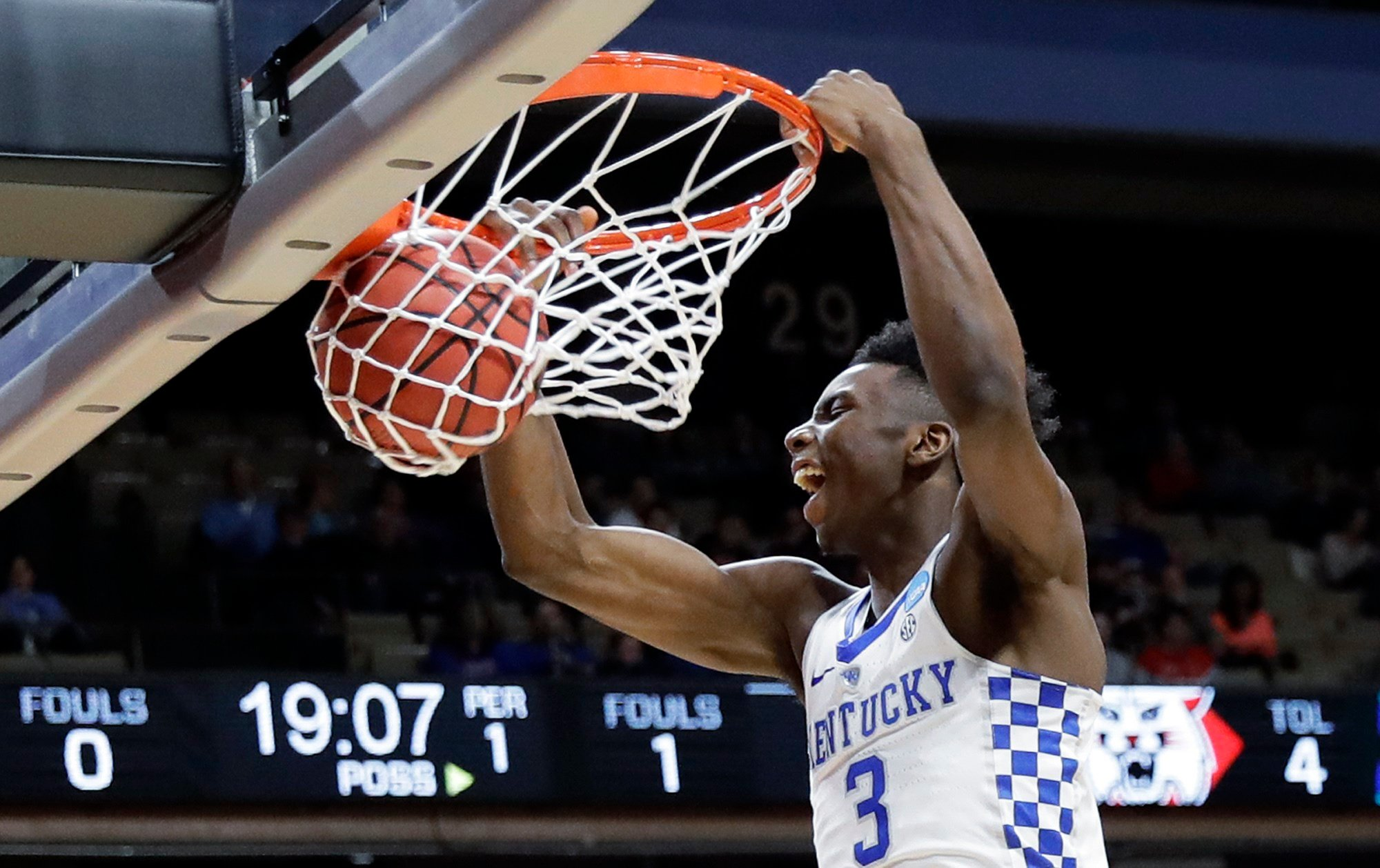 Kentucky tops Davidson despite end to 1047-game 3-pointer streak