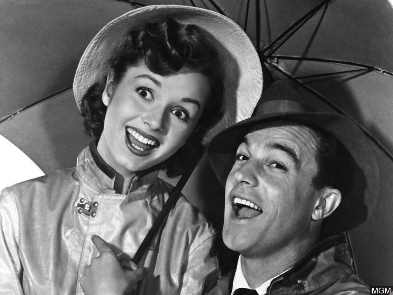 regal cinemas to re release singin in the rain for days lexington ky regal entertainment group has announced in honor of the late debbie reynolds legacy they will be releasing singin in the rain